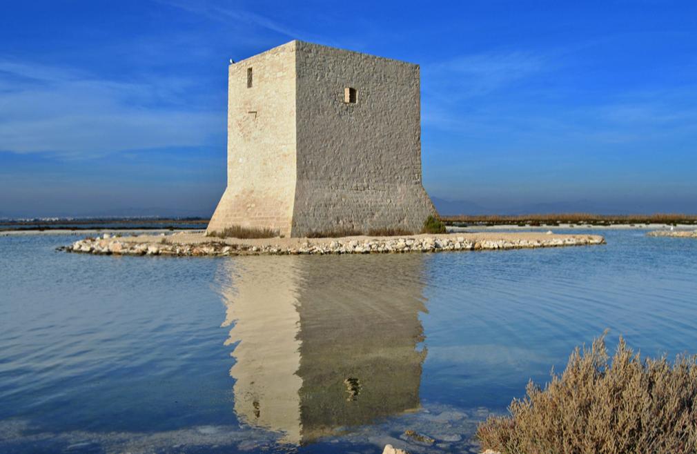 Un lugar único y precioso en la Comunidad Valenciana: La Torre del Tamarit