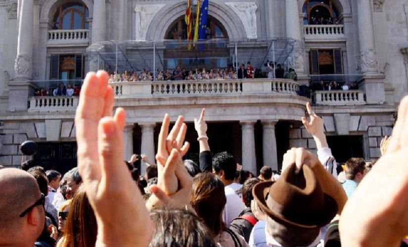 Consulta si has sido agraciado en el sorteo para ver la mascletà desde el balcón del Ayuntamiento de Valencia