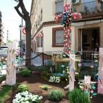 El tradicional concurso de las Cruces de Mayo de Lo Rat Penat, engalanará Valencia con 52 cruces