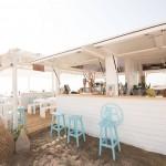 La playa de Alboraya de La Patacona acoge una sesión con DJ en el local de La Más Bonita