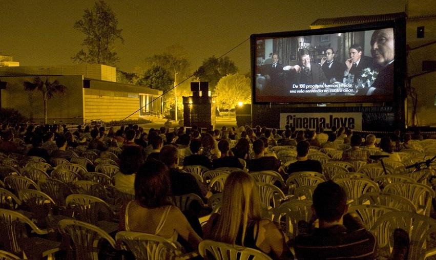 Cine GRATUITO al aire libre en Cinema Jove del 17 al 24 de junio en Viveros
