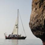 """El """"Diosa Maat"""" atracará en Valencia para limpiar las playas y protestar ante el Oceanogràfic"""