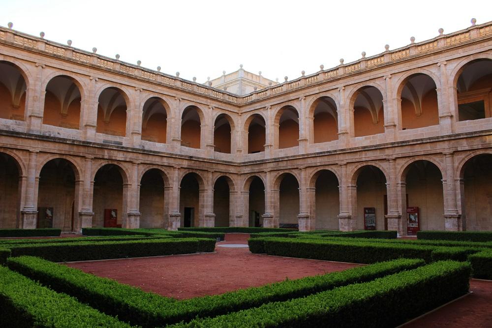 Visitas GRATUITAS al Palau, el Convento de Santo Domingo y San Miguel de los Reyes