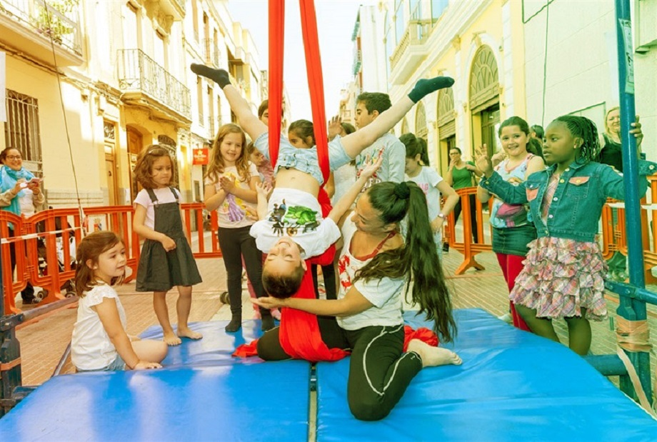 Cultura als barris: más de cien espectáculos GRATUITOS en 8 barrios de Valencia hasta noviembre