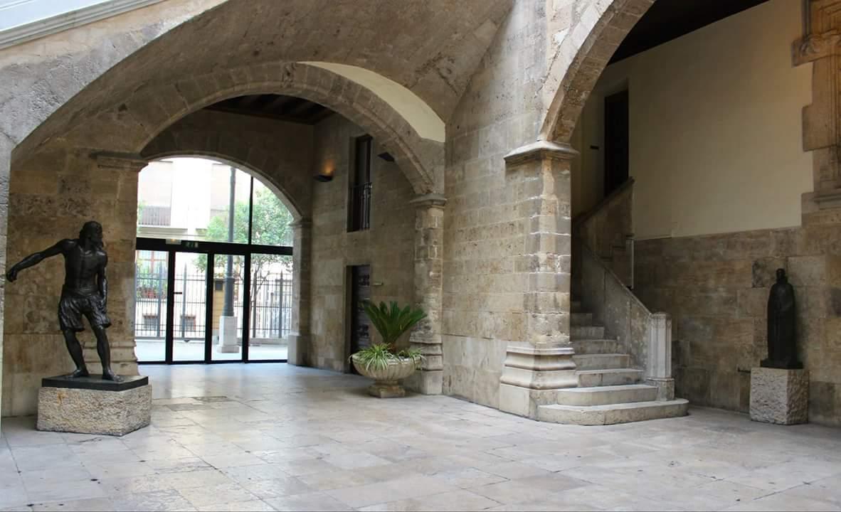 Los palacios de la Diputación y la Generalitat abren sus puertas este fin de semana