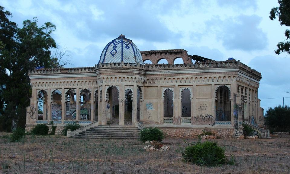 El chalé Giner-Cortina de Torrent: crónica del abandono de una joya del patrimonio valenciano