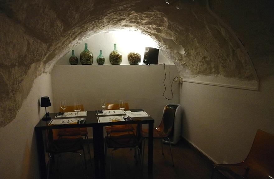El rincón de Valencia donde disfrutar de la gastronomía en una cisterna romana: La Moma