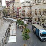 El tradicional mercadillo de Navidad de Valencia se traslada a la plaza del Mercado