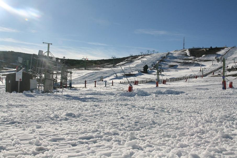Javalambre y Valdelinares inauguran temporada de esquí con 21 kilómetros de pistas