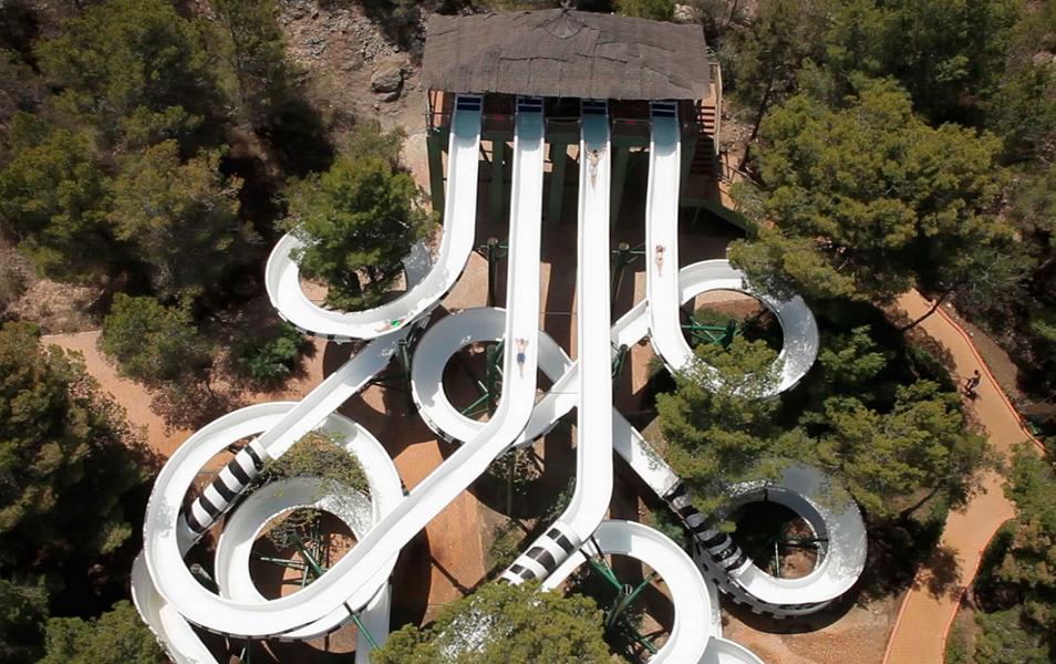 El tobogán más grande del mundo se estrena este fin de semana en Aqualandia
