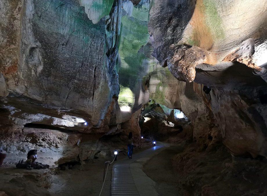 La Cueva de las Calaveras: la maravilla natural de Benidoleig