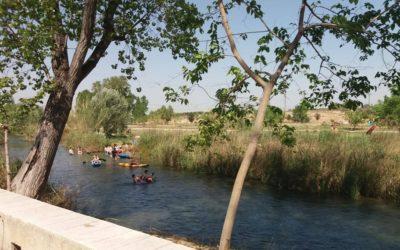 área recreativa L´Explanada Riba-roja de Túria. Zona de baño en Riba-roja de Túria.