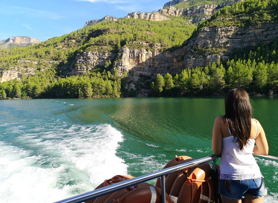 El crucero fluvial más bonito de España está en la provincia de Valencia: la ruta fluvial del Júcar