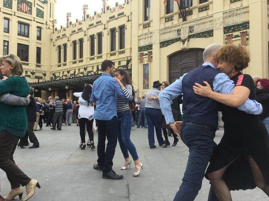 Milonga GRATUITA en la Estación del Norte de Valencia con motivo del Día Mundial del Tango