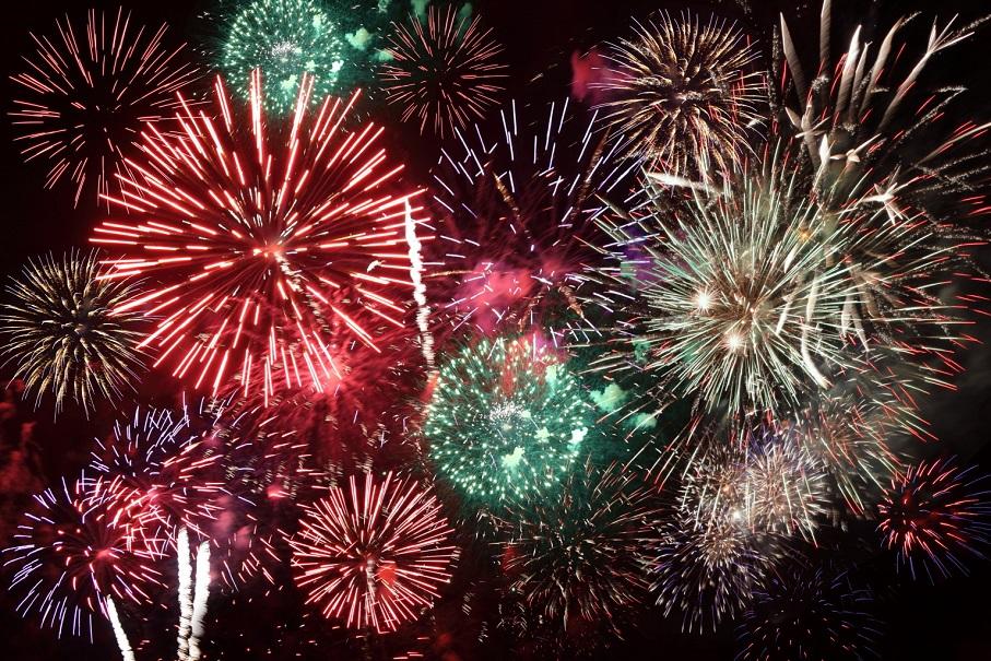Paterna y Torrent celebran, por primera vez en la historia, una gran Nit del Foc