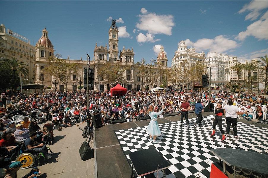Vuelve Contorsions, el Festival Internacional de Circo GRATUITO a la ciudad de Valencia