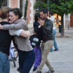 Aprende Tango con las prácticas GRATUITAS de tango callejero en las calles de Valencia