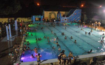 Regresan las aperturas nocturnas de la Piscina del Parque del Oeste de Valencia en 2020