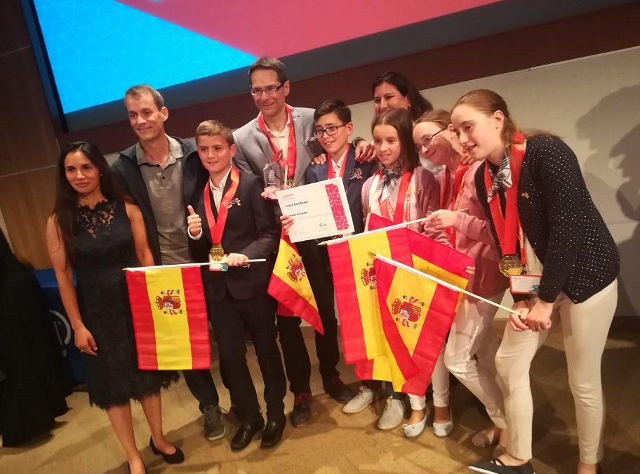 5 niños valencianos ganadores de un premio en el campeonato Mundial de IA en Silicon Valley