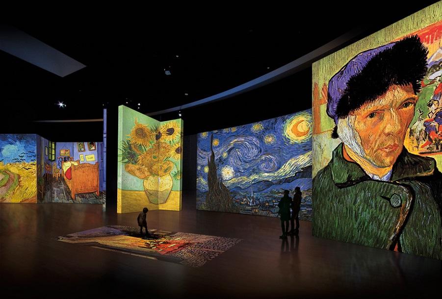 La exposición multimedia más visitada del mundo prolonga su estancia en Valencia