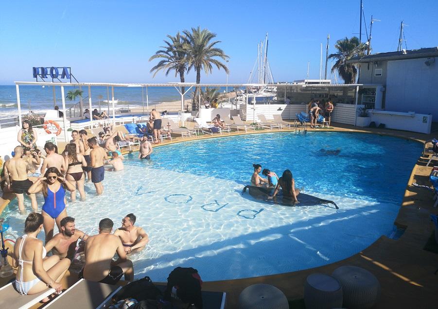 Los Mejores Clubs De Playa Y Chiringuitos En 2019 En Valencia Para Bailar Junto Al Mar