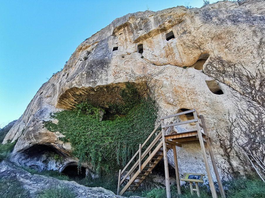 La Cova de les Finestres, la preciosa cueva de Alfafara