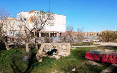 El abandonado horno de cal del siglo XIX de la Cruz Cubierta de Valencia
