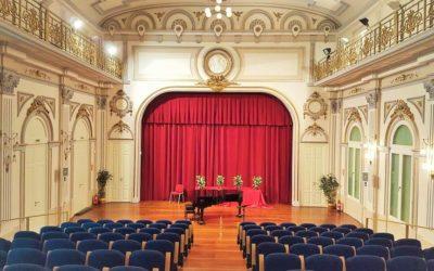 Descubre una joya desconocida de Valencia con una audición gratuita: el Salón de Actos del Conservatorio