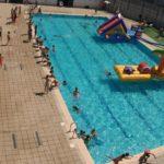 Algunas piscinas municipales de verano de Valencia tienen reserva y dos turnos