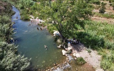 La zona de baño del Mijares bajo el puente de Fanzara