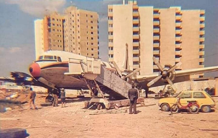 Boite DC-7, el avión-discoteca que hubo junto a la playa de El Puig
