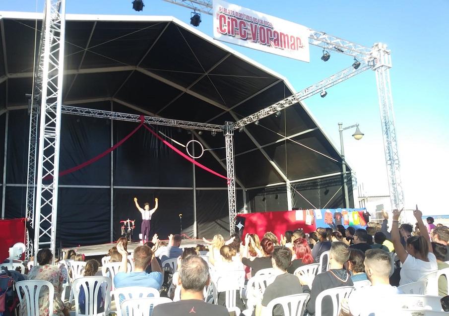Valencia acoge una nueva edición del festival de circo urbano y GRATUITO Circ Voramar