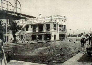 Piscina del antiguo Club Náutico de Valencia. Foto extraída del Facebook de la Fundación Goerlich.